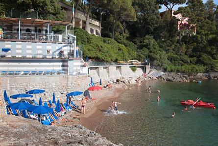 spiaggia privata Hotel Il Nido